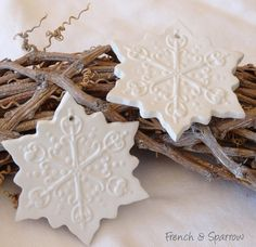 Elegant Snowflake Clay Tag Set of Three by FrenchandSparrow Diy Christmas Gifts, White Christmas, Xmas, Christmas Ideas, Snowflake Images, Snowflakes Falling, Diy Gifts, Handmade Gifts, Polymer Clay Crafts