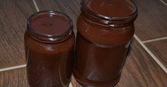 Mennyei Házi nutella recept! Egy igen népszerű finomság házi receptje. Íze jóval felül múlja a boltit. Nálunk nagy népszerűségnek örvend, csak ajánlani tudom! ;) Az elkészült Nutella a csokoládé és a vaj miatt megkeményedik a hűtőben. Így szobahőmérsékleten, maximum a hűvös kamrában ajánlott tárolni.