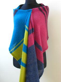 Plaid Scarf, Blanket, Fashion, Moda, Fashion Styles, Blankets, Cover, Fashion Illustrations, Comforters