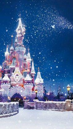 147 Best Disney Christmas Wallpaper Images On Pinterest Cartoons