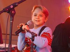 little Hunter Hayes!
