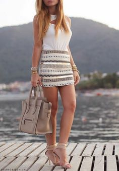 Image shared by Caroline. Find images and videos about girl, fashion and style on We Heart It - the app to get lost in what you love. Look 2015, Fashion Blogger Style, Evening Outfits, Only Fashion, Passion For Fashion, Dress To Impress, Celebrity Style, Cool Outfits, Style Inspiration