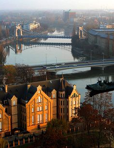 Wroclaw, city on de Odra River, historical capital of Şilesia n an important trade n communication centre. Wroclaw, Dolnoslaskie_ West Poland