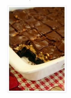 Fudgy and delicious Eggless Brownies. These brownies have an intense chocolate flavor and are perfect with a glass of milk or scoop of vanilla ice cream! Brownies Caramel, Best Brownies, Buckeye Brownies, Chocolate Brownies, Homemade Brownies, Crack Brownies, Boxed Brownies, Cake Like Brownies, Cheese Brownies
