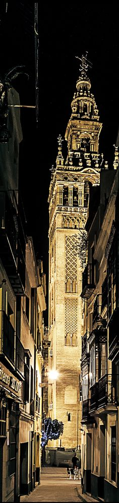 La Giralda, belltower of the Cathedral of Seville, Spain