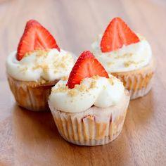 Strawberry Cheesecake Cupcakes #cupcake #recipe #strawberry #cheesecake