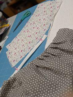 billepiz - Pack ma's! Packing, Pajama Pants, Pajamas, Heart, Fabrics, Sewing Patterns, Bag Packaging, Pjs, Sleep Pants