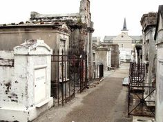 Louis Cemetery No. 1 New Orleans, Louisiana Spooky Places, Haunted Places, St Louis Cemetery, New Orleans Cemeteries, Unusual Headstones, Creepy People, Famous Historical Figures, Greatest Adventure, Places To See