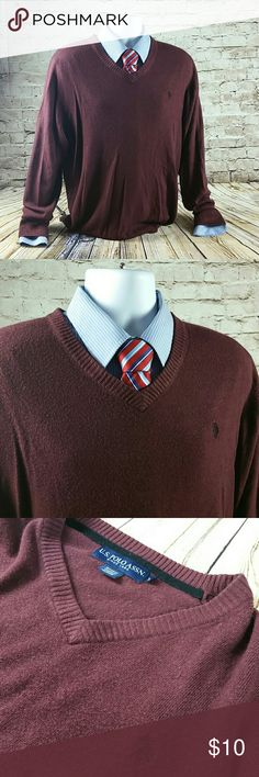 Mens V Neck Burgundy Sweater Mens Long Sleeve V Neck U.S. Polo ASSN Sweater. Size XL Realy Soft light weight sweater.  Excellent for wearing over collared shirts.  Will keep you warm yet not so warm as to feel overheated. U.S. Polo Assn. Sweaters V-Neck