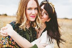 Meet sisters Elsie Larson and Emma Chapman, owners of the trendy women's lifestyle company, A Beautiful Mess.