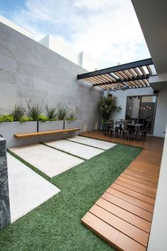 Moderner balkon, veranda & terrasse von tamen arquitectura trendy - Garden Tips Modern Front Yard, Modern Balcony, Modern Porch, Backyard Patio Designs, Small Backyard Landscaping, Landscaping Ideas, Patio Ideas, Garden Ideas, Stone Landscaping