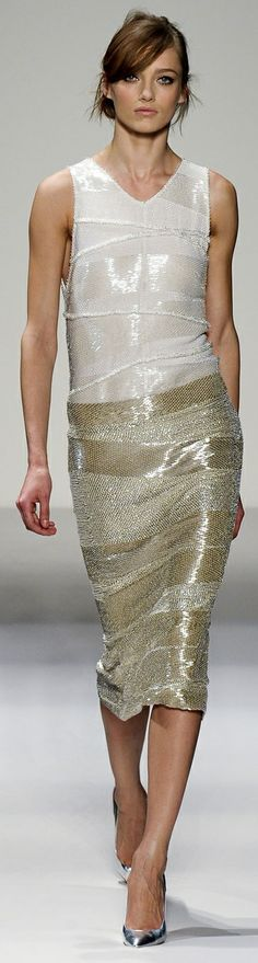 Gianfranco Ferré Fall Winter 2011/2012 Ready-To-Wear collection