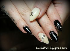 Black gel nails
