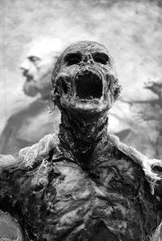 LOC - Undead Knight advanced by alexnegrea on deviantART Zombie Kunst, Zombie Art, Creepy Art, Scary, Creepy Horror, Horror Art, Horror Movies, Dark Fantasy, Fantasy Art
