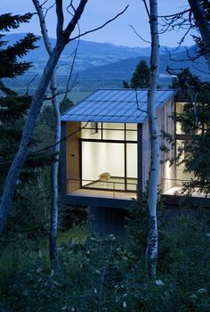 Image 3 of 37 from gallery of Boulder Retreat  / Carney Logan Burke Architects. Photograph by Matthew Millman