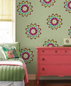 Best wall clings designs I've seen, great color! For sissy