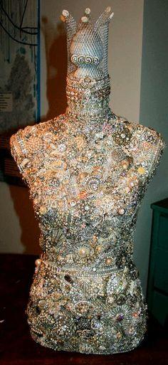 (441×960) Mannequin Art, Dress Form Mannequin, Old Jewelry Crafts, Jewelry Art, Dress Form Christmas Tree, Lace Body, Pebble Art, Paper Mache, Get Dressed
