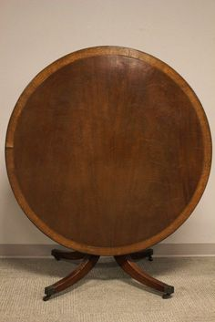 Heppelwhite Large Banded Mahogany Breakfast Table : Lot 351