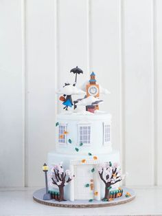 The Mary Poppins Theme Cakes / Mary Poppins Cake Ideas Pretty Cakes, Cute Cakes, Beautiful Cakes, Amazing Cakes, Crazy Cakes, Fancy Cakes, Fondant Cakes, Cupcake Cakes, Character Cakes