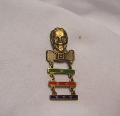 1936 Joe E. Brown Club Member Badge w/ 3 Bars Grape Nuts Flakes Cereal Premium Grape Nut Flakes, Pin Collection, Vintage Antiques, Cereal, Badge, Club, History, Brown, Places