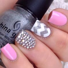 I love the pink nails