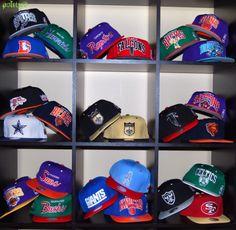 The light blue oilers SnapBack in the bottom middle 💙 Baseball Hat Racks 92d29474ba7
