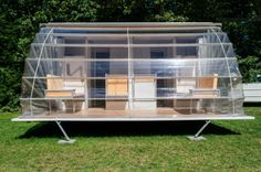 Created by Dutch designer Eduard Bohtlingk, the Markies trailer expands to nearly three times its original size, offering an amazing outdoor camping experience with adjustable awnings that allow travelers to sleep under the stars, if they so desire. Mobile Living, Mobile Home, Go Camping, Outdoor Camping, Trailer Awning, Rv Trailer, Camping Trailers, Horse Trailers, External Lighting