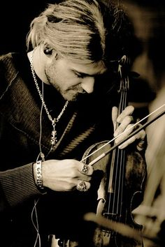 """I've heard there was a secret chord/That David played..."". David Garrett un-freaking believable talent. I'm in love..."