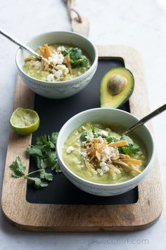 Avocado Chicken Corn Chowder #healthy #coconutmilk #recipes http://greatist.com/eat/coconut-milk-recipes-for-every-meal