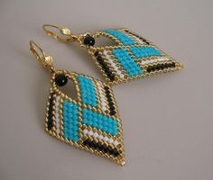 Seed Bead Leaf Earrings  Turquoise  Copyright 2014 di pattimacs