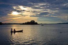 Lago de Peten Itzá en Flores, Petén.  #Guatemala
