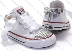 Love these decorated Converse sneakers Converse Star, Baby Converse, Converse Sneakers, Bedazzled Converse, White Converse, Baby Girl Shoes, Girls Shoes, Baby Girls, All Star Bebe