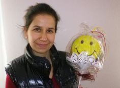 """Liebes Ballon4You-Team,  mit diesem Ballon überraschte ich meine Freundin in Österreich (siehe Foto), die genauso heißt wie ich - obwohl wir nicht verwandt sind - zu ihrem Geburtstag am 11.11. Unsere Freundschaft begann durch einen wunderbaren """"Zufall"""" oder war es doch Schicksal? - vor etwa 25 Jahren. Leider ist die Entfernung DEUTSCHLAND - ÖSTERREICH doch recht weit, aber wir versuchen, uns 1 x im Jahr zu besuchen - jeweils gegenseitig."""