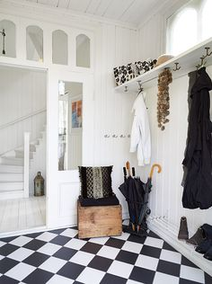 Entry way. White. Style. Design. Interior. Sweden. Deco. Dream house.