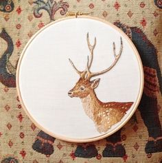 "Pinner says: ""Slightly addicted to embroidery, going to sew onto a cushion soon… Tumblr Embroidery, Embroidery Hoop Art, Cross Stitch Embroidery, Embroidery Patterns, Creative Textiles, Diy Inspiration, Thread Painting, Embroidery Techniques, Cross Stitching"