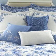 great pillows & quilt
