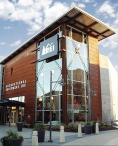 REI Exterior Designed by Retail Voodoo