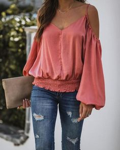 Trendy Tops, Cute Tops, Casual Tops, Summer Fashion Outfits, Boho Outfits, Cold Shoulder Blouse, Loose Tops, Summer Shirts, Long Sleeve Tops