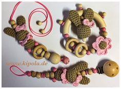 Schnullerkette, Greifling, Kinderwagenanhänger mit Häkelhase, Häkelperlen #etsy #hakelhase #baby Crochet Necklace, Etsy, Jewelry, Baby Favors, Kids Wagon, Craft Gifts, Jewlery, Jewerly, Schmuck