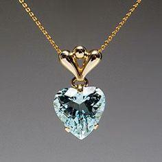 $1749 a piece of estate jewelry, one of a kind an aquamarine... Era Gem p/i