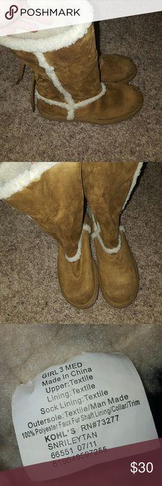 Girls Ugg boots | Rain boots, Shoes and Rain