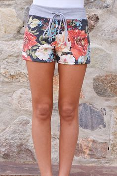 Beautiful Bouquet Floral Shorts from Closet Candy Boutique #fashion #ootd #spring