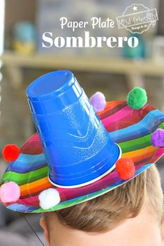 Perfect for Cinco De Mayo Make this cute and easy paper plate Sombrero for a fun and festive kid friendly craft for Cinco De Mayo or any fiesta sombrero diy paperplate craft cincodemayo fiesta Kids Crafts, Toddler Crafts, Projects For Kids, Easy Crafts, Mexican Crafts Kids, Mexican Art, Summer Crafts, Mexico Crafts, Festive Crafts
