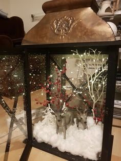 All Details You Need to Know About Home Decoration - Modern Christmas Lanterns Diy, Decoration Christmas, Christmas Centerpieces, Rustic Christmas, Xmas Decorations, Christmas Home, Christmas Holidays, Christmas Wreaths, Christmas Crafts
