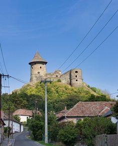 Somoskő 2018  #autumn #sky #bluesky #castle #village #dslr #hungary #slovakia #border #instahun #mik #photoofday #canon #canonhun Hungary, Canon, Castle, Sky, Autumn, Instagram, Heaven, Cannon, Fall