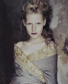 Kirsten Owen photographed by Paolo Roversi 1988✰
