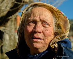 Catarina de Guadramil - A very nice lady that I meet at Guadramil, Bragança, in my recent trip to the Natural Park of Montesinho and the Portuguese Northeast. This is my tribute to her.