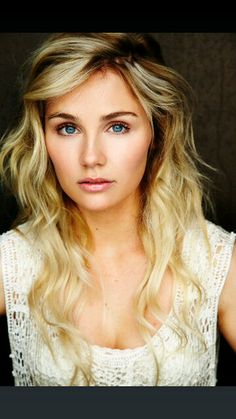 Clare Bowen - Nashville...never wanted to be blond but if I could look like her...