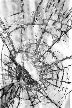 BROKEN GLASS/MIRROR