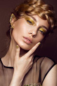 Glitter makeup on Behance - portrait photography